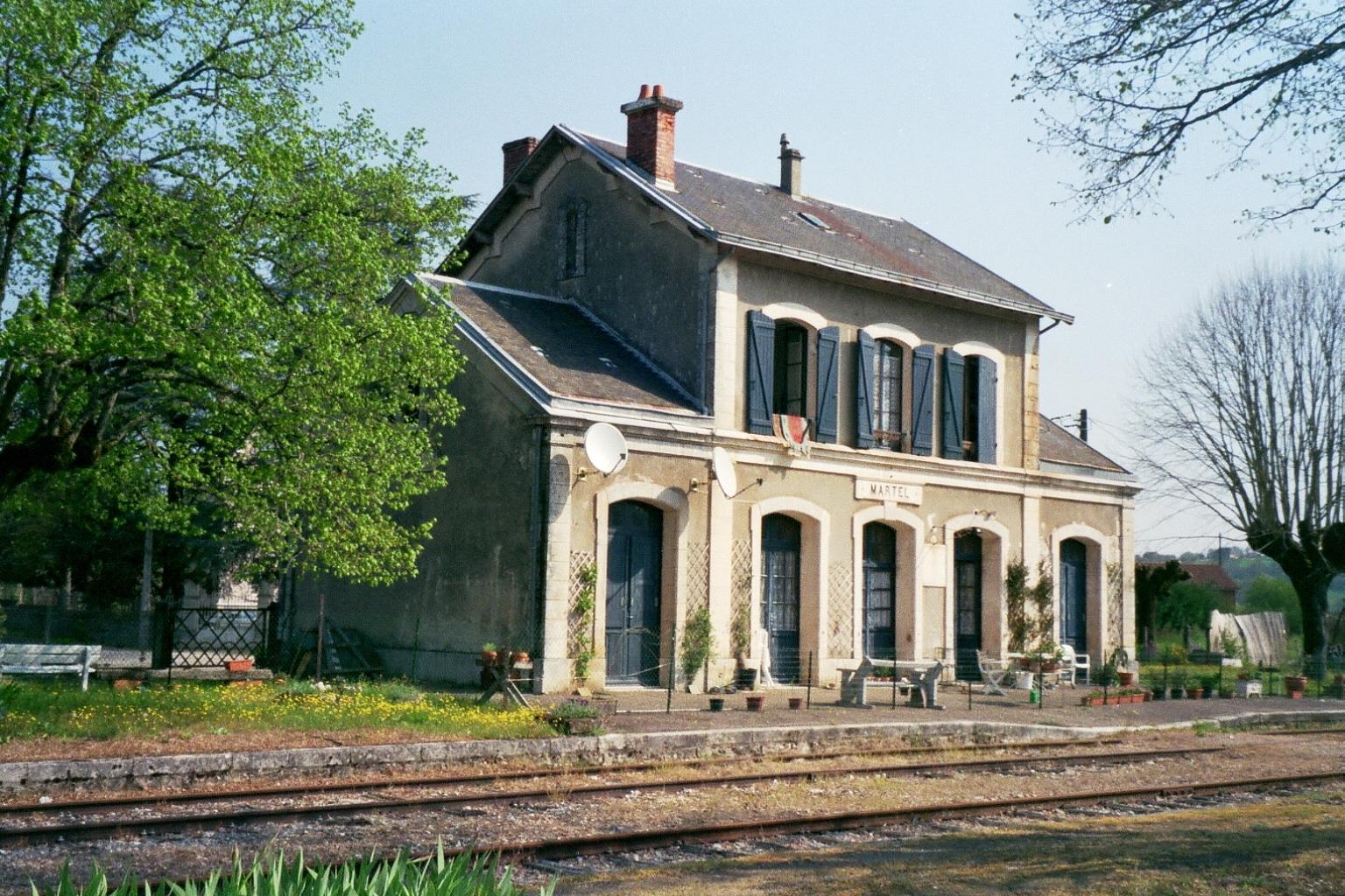 Ancienne gare restaur e vendre dans le lot - Briques anciennes a vendre ...